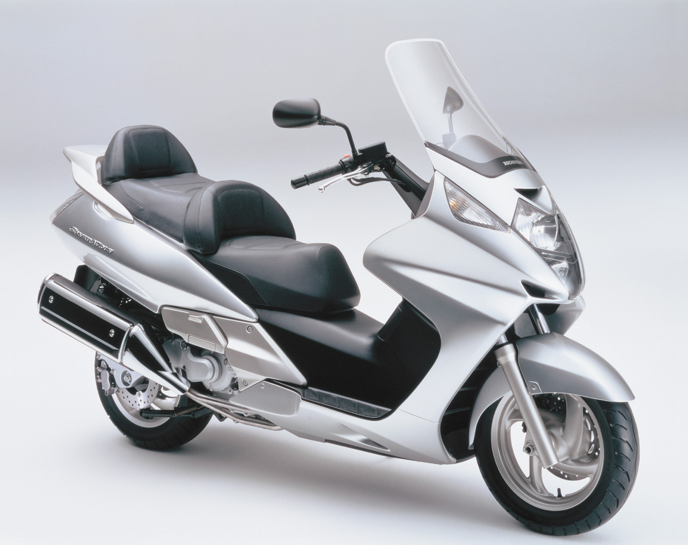 honda silver wing 600 2001 agora moto. Black Bedroom Furniture Sets. Home Design Ideas