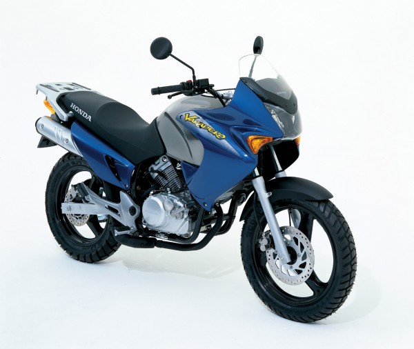 honda xl 125 v varadero 2003 agora moto. Black Bedroom Furniture Sets. Home Design Ideas