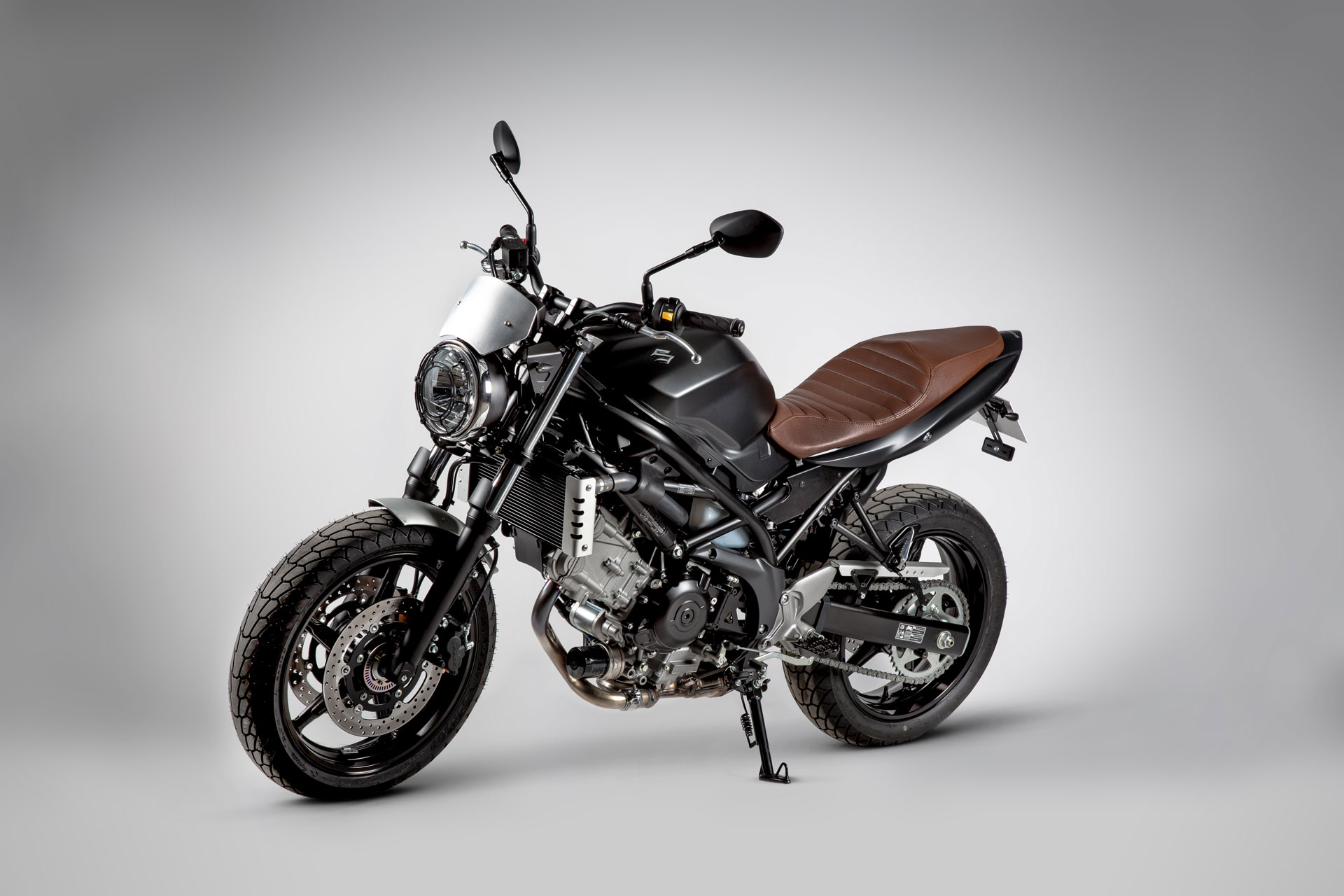 suzuki sv 650 scrambler 2016 agora moto. Black Bedroom Furniture Sets. Home Design Ideas