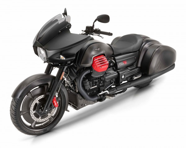 Moto Guzzi MGX-21 Flying Fortress 2017